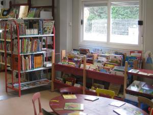 bibliothèque de Saint Laurent d'Aigouze